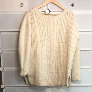 Club Monaco • Knit Cable Sweater Sz L